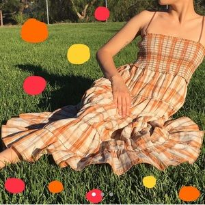 Orange straw dress perfect for fall